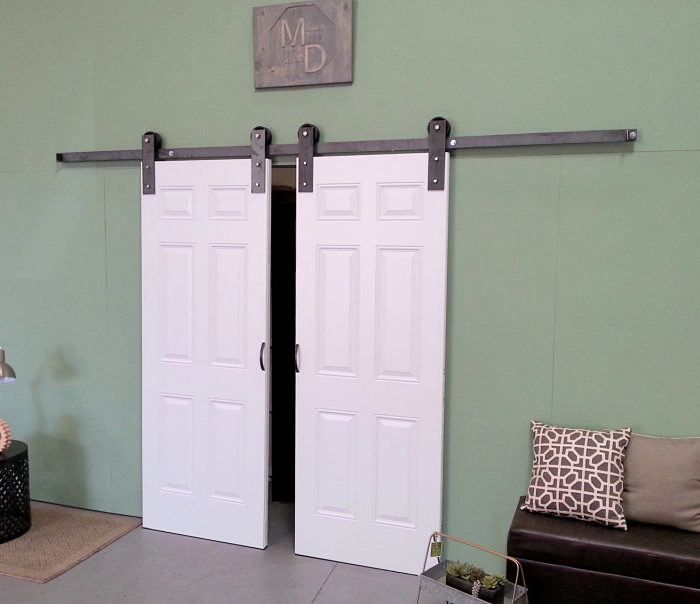 EXTERIOR BARN DOOR HARDWARE
