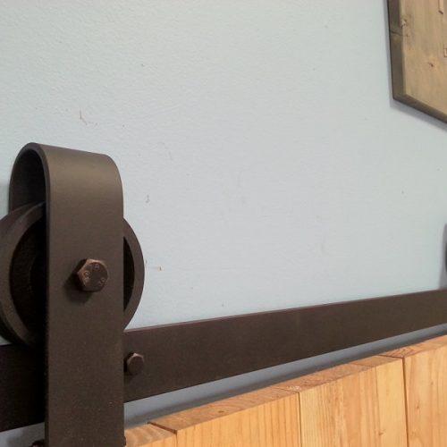 https://muller-designs.com/wp-content/uploads/2016/03/rustic-sliding-door-hardware2-500x500.jpg
