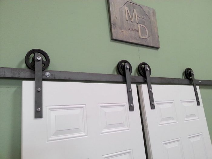 SLIDING CLOSET DOOR HARDWARE