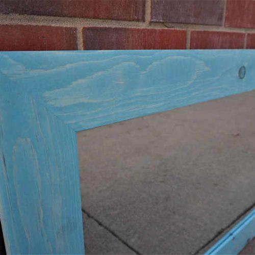 https://muller-designs.com/wp-content/uploads/2020/07/long-wooden-mirror-2-1-800x532-1-500x500.jpg